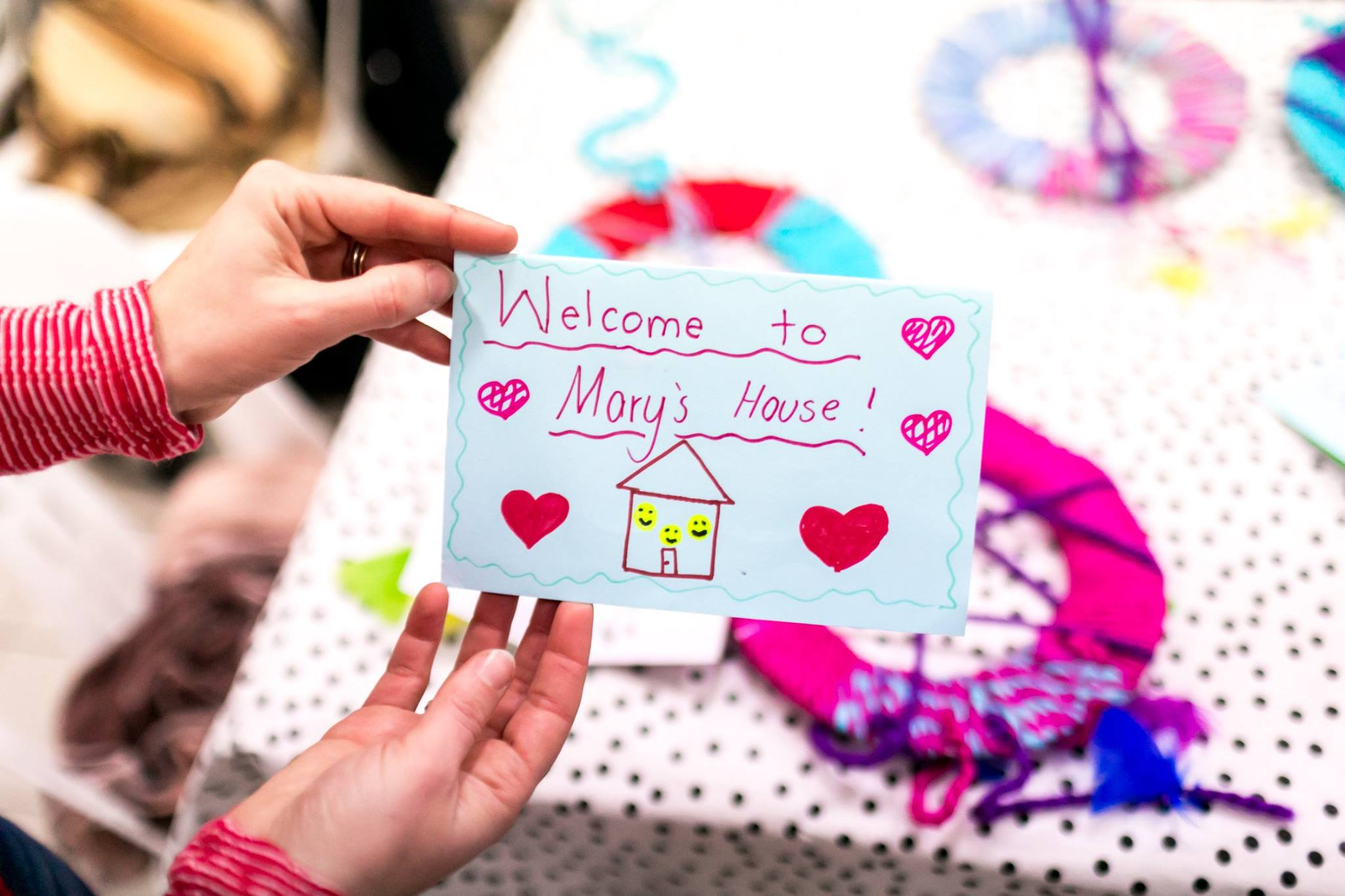 An incredible example of a welcome card made by kids