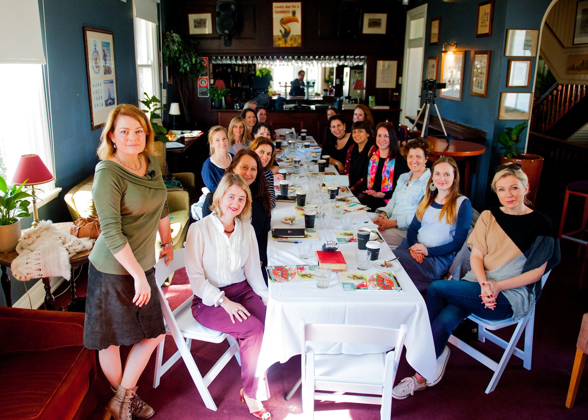 A roomful of creative mamas came to be inspired