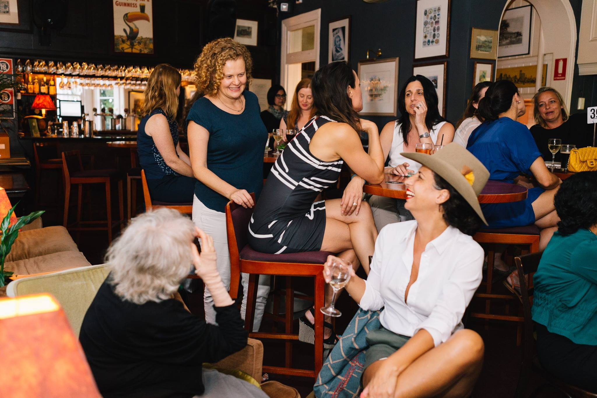 A roomful of gorgeous creative mamas who came to listen and support to the incredible story of Nazanin Sabzpoori.