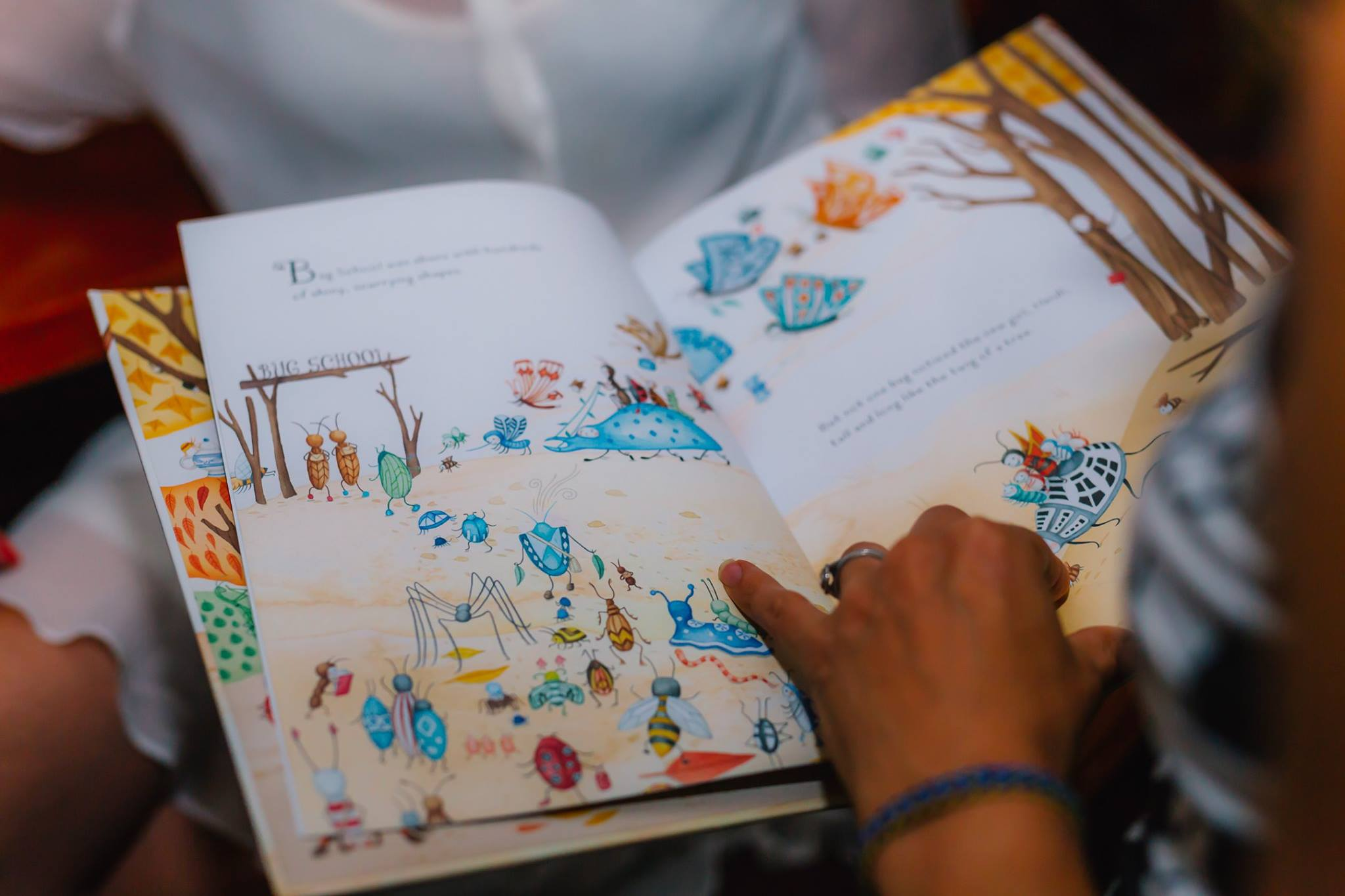 Inside 'Twig', children's book created by Aura Parker, illustrator, designer and children's book author of 'Twig'. Also our next Creative Mama Evening Talk presenter on Tuesday 4 April!