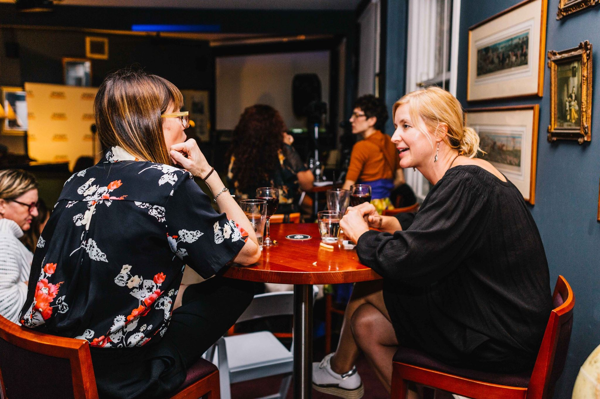 Two very special creative mamas, at our Mama Creatives Expert Blogger Panel: 'Sharing your voice & creative passion', featuring Alexx Stuart, founder of Low Tox Life, Lorraine Murphy, founder of The Remarkables Group & Jo Dunlop, creator of GLOBAL FASHPACK.