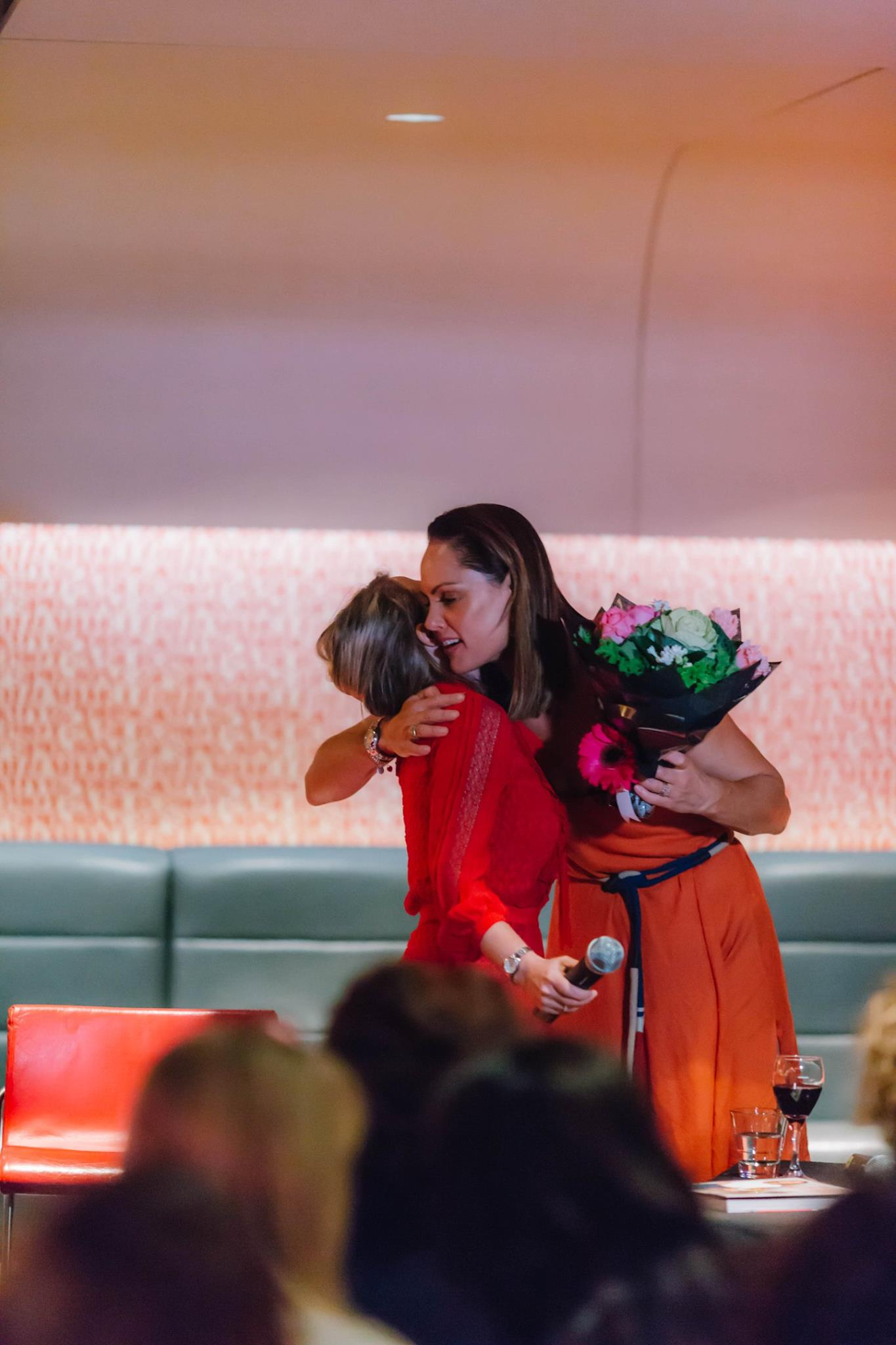 Thank you Zoe Bingley-Pullin for making our Mama Creatives Mother's Day Celebration so special, you are a radiant and talented creative mama. Pretty sure there a lot of mamas now 'Falling in Love with Zoe'.