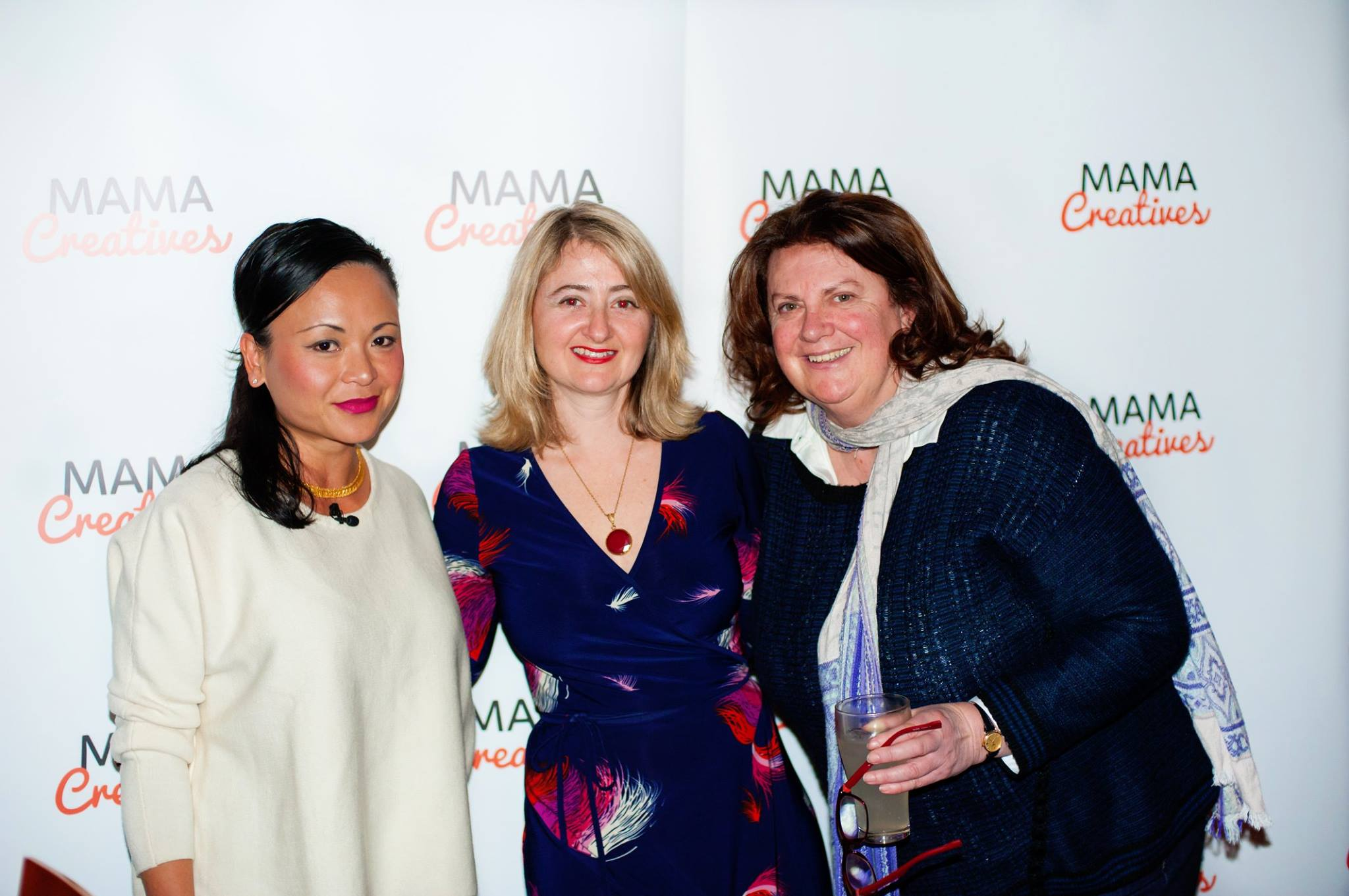 With our fabulous featured guest Pauline Nguyen Speaks, writer, restauranteur, spiritual entrepreneur & mentor, who inspired a romful of creative mamas at our recent Mama Creatives evening talk.