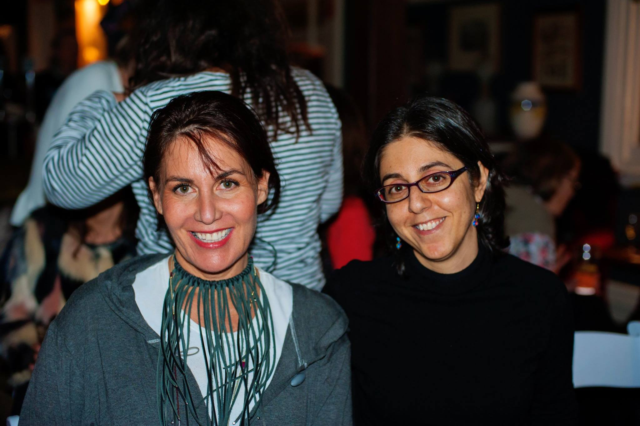 Two talented creative mamas, Belinda Phillips, founder of La Luna Lifestyle with writer Elana Benjamin, at our Mama Creatives evening talk.
