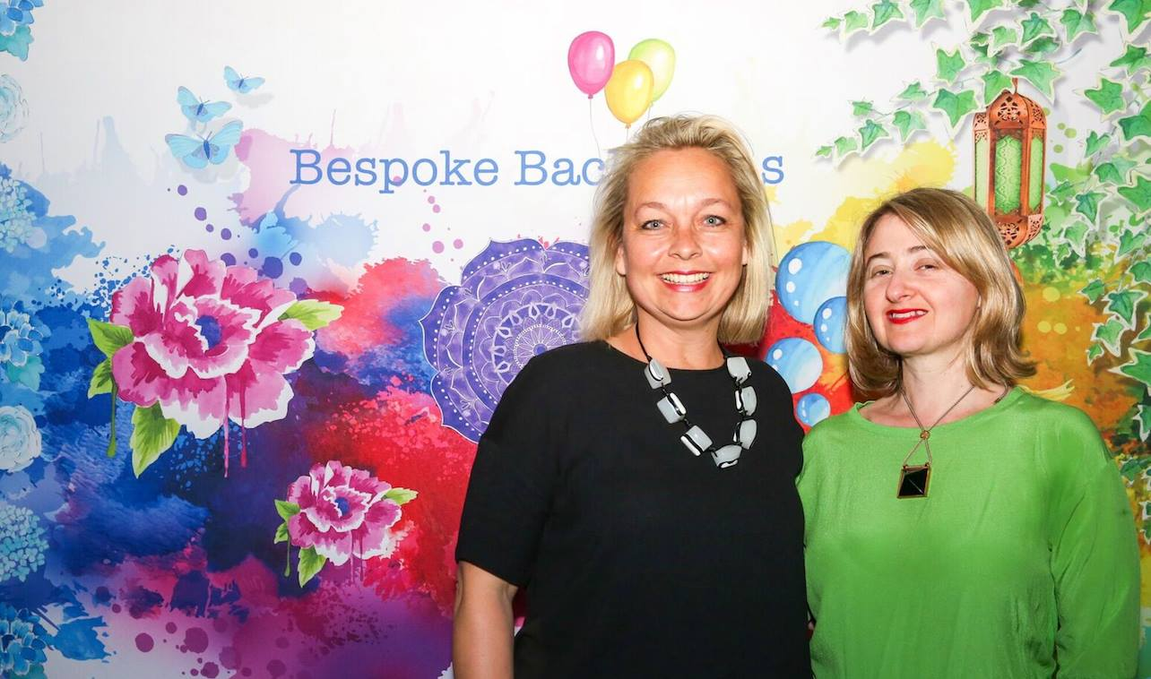 With our fabulous featured evening presenter, Emma Veiga-Malta, artist & founder Bespoke Backdrops, who shared her epic and inspiring story, 'A Creative Journey - From Fabulous to Fear & Back Again'