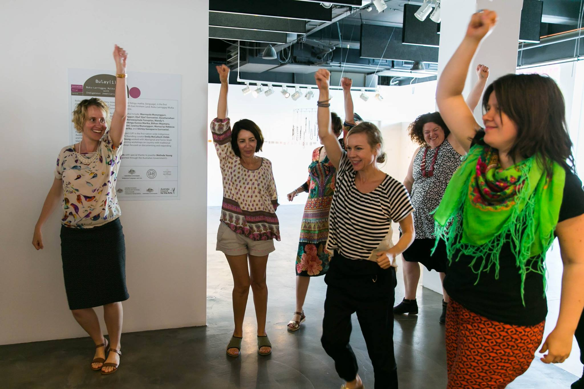 Dancing it out with the beat of Whitney Houston and the warm energy of Lizzy Williamson founder & author of Two Minute Moves, at our Creative Mama Workshop in support of PANDA Awareness Week.