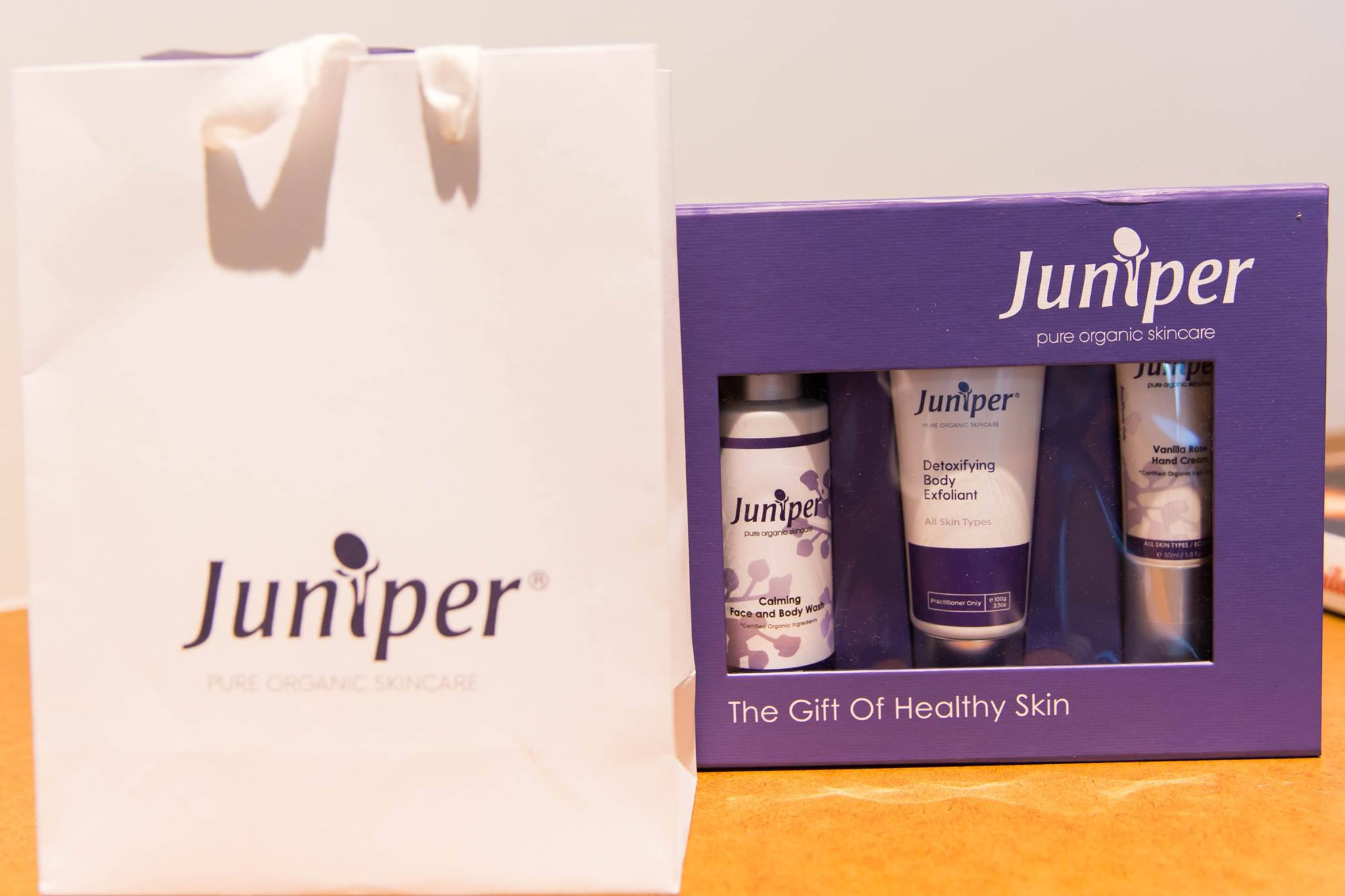 Thank you to the amazing team at Juniper Organic Skincare who supported our Creative Mama Workshop charity event for PANDA Awareness Week with incredible gifts.   Juniper - pure organic skincare.  More details here:  http://www.juniperaustralia.com.au/