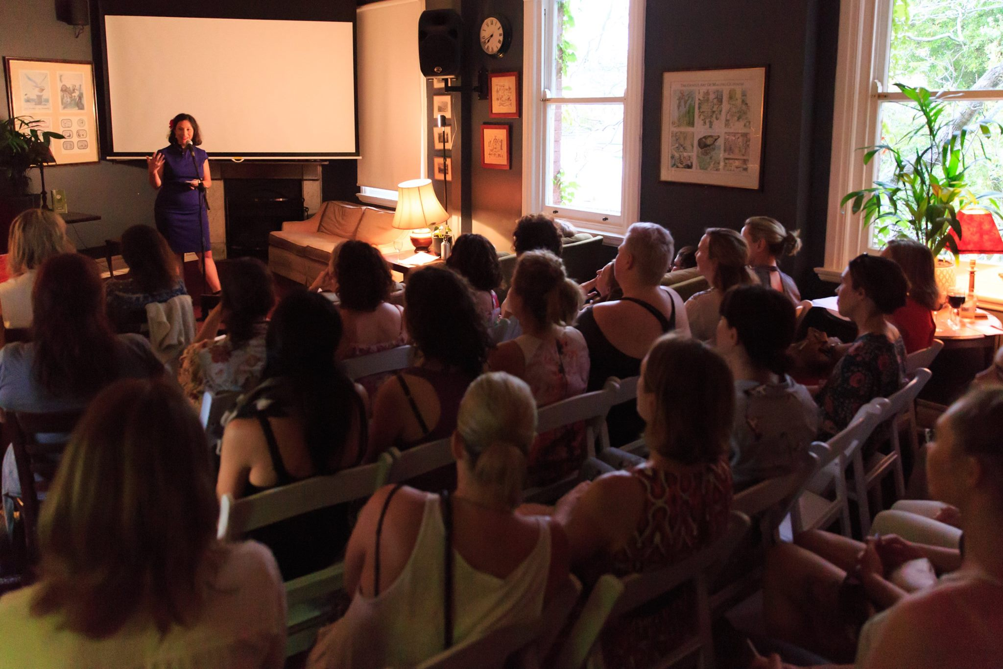 In action! Courageous speaker Bianca Havas, sharing her amazingly courageous story, at our Mama Creatives Story Slam.