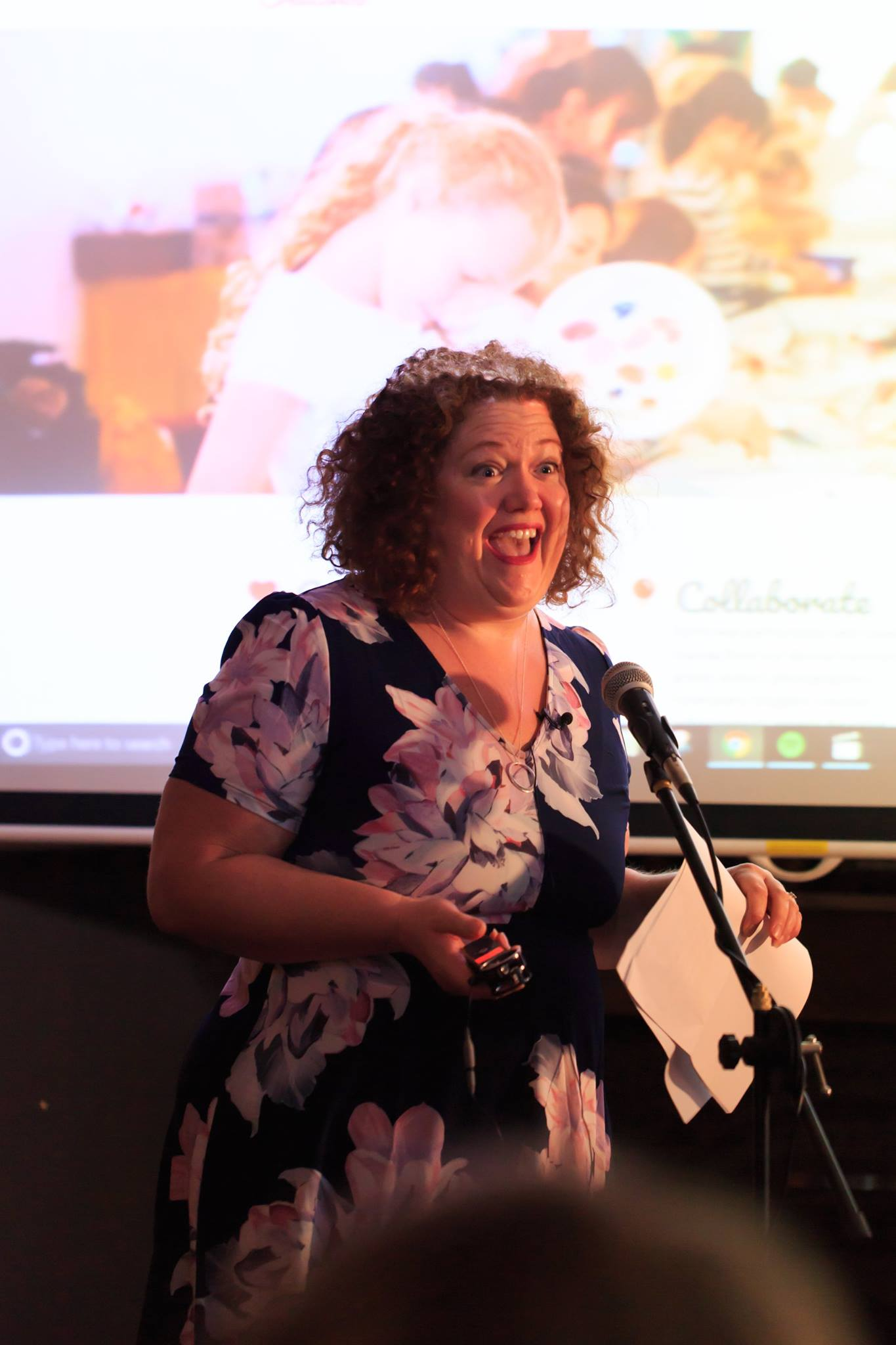 Our fabulous host & MC Bron Maxabella, founder at Maxabella Loves and Mumlyfe, at our Mama Creatives Story Slam, where 6 women from our community shared personal stories about the theme of 'Courage'.